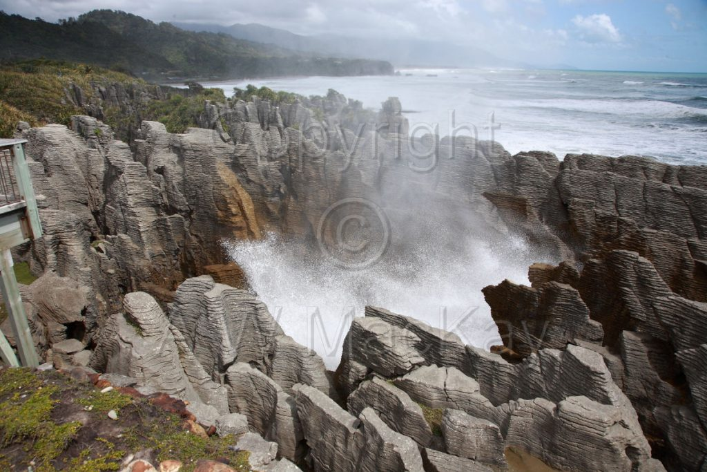Punakaiki Blowhole - SH 6 - West Coast between Greymouth and Westport